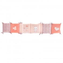 Tour de lit en velours rose corail Lapinou de Domiva